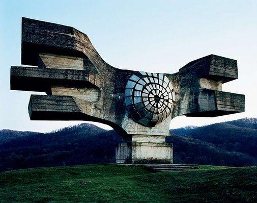 Awesome abandoned monuments