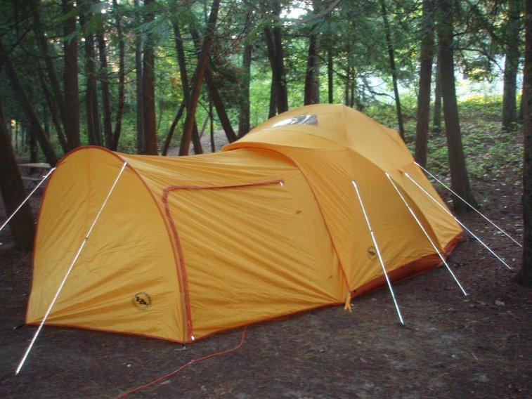 The Big Agnes Big House 6 Tent & The Big Agnes Big House 6 Tent | Gentlemint