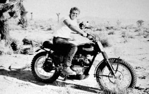 STEVE McQUEEN DOIN' IT IN THE DIRT | TRIUMPH DESERT BIKE BY BUD EKINS « The Selvedge Yard