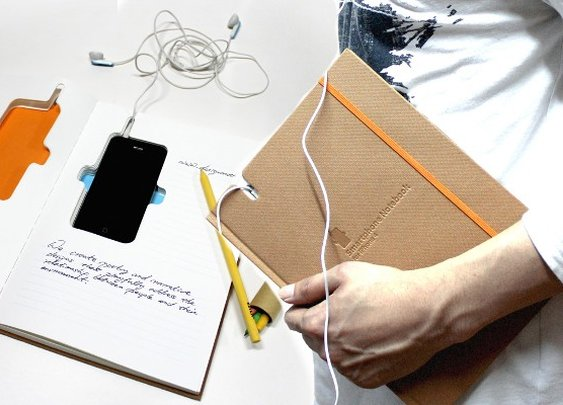 This iPhone notebook saves you a case and lets you tweet during class  |  Macgasm