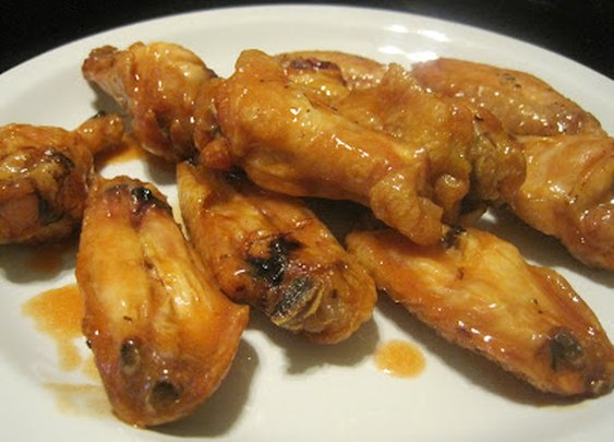 Corcoran Street Kitchen: Baked Buffalo Wings