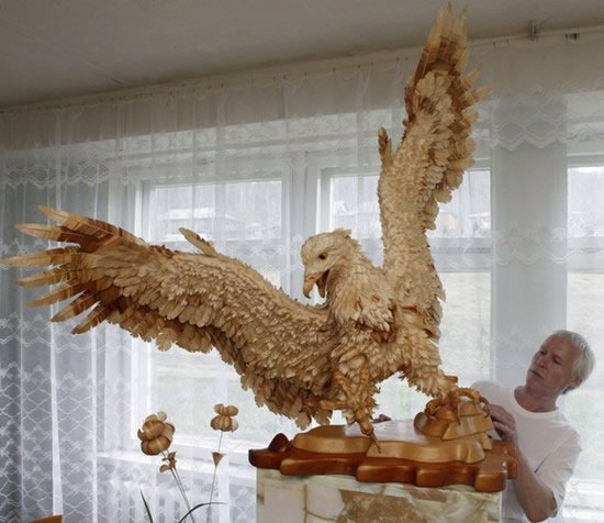Wood-Chip Sculptures by Sergei Bobkov