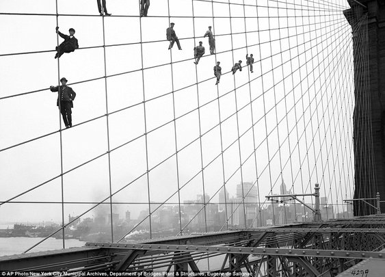 Never-before-seen photos from 100 years ago tell vivid story of gritty New York City    Mail Online