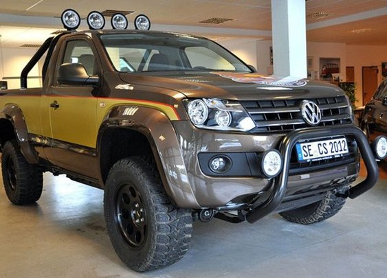 """Awesome Volkswagen pickup inspired by 80s TV show, """"The Fall Guy"""""""
