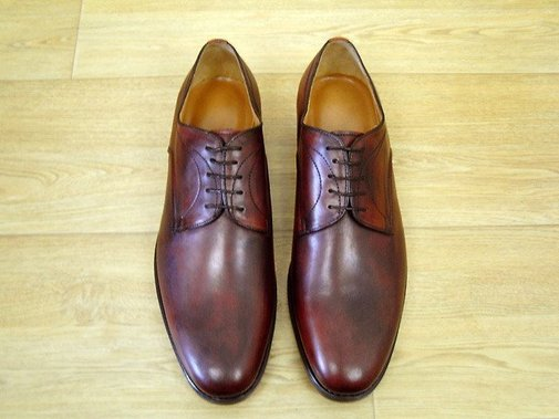 Hand coloring men calfskin derby