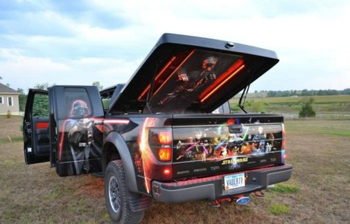 Photos of a Star Wars Ford Raptor truck (30 pics)