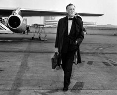 10 Celebrities Who Spied on the Side