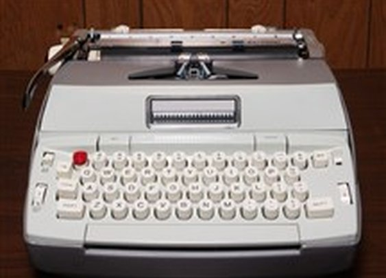 German parliament bans laptops; members bring a typewriter