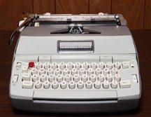 German parliament bans laptops; members bring a typewriter