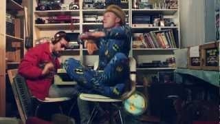 MACKLEMORE & RYAN LEWIS - THRIFT SHOP FEAT. WANZ (OFFICIAL VIDEO) - YouTube
