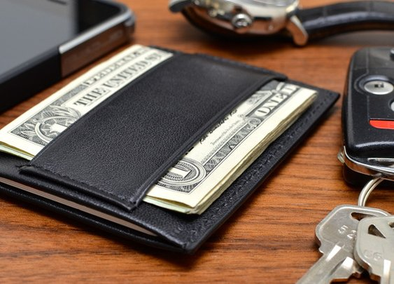 Minimalist™ by CAPSULE™: The Definitive Essentials Wallet by Robert Sha + CAPSULE™ — Kickstarter