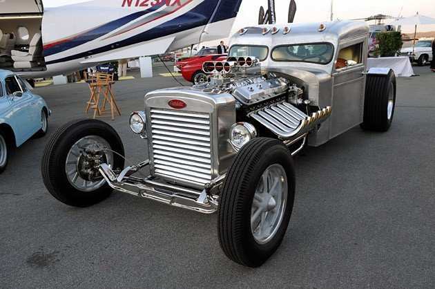 Monterey 2009: Blastolene's twin-supercharged V12 Peterbilt hot rod