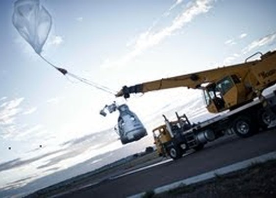Red Bull Stratos - freefall from the edge of space - YouTube Live
