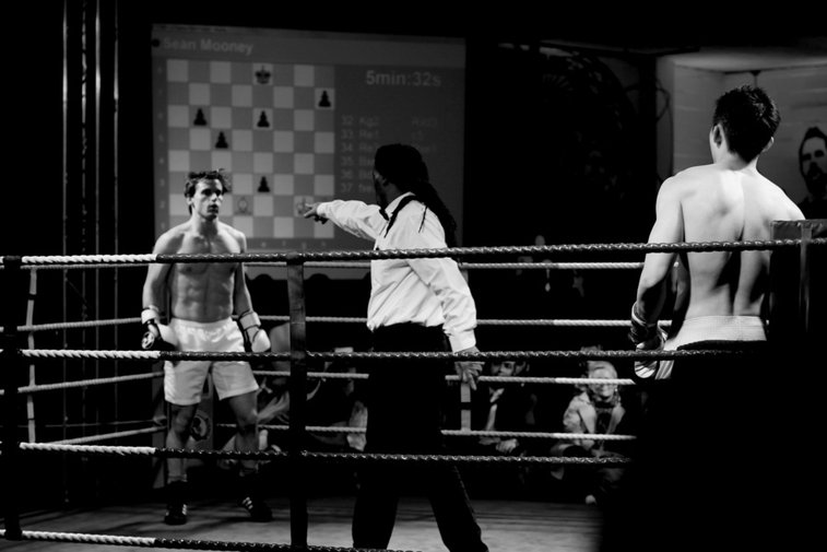 Gentlemen prefer CHESSBOXING