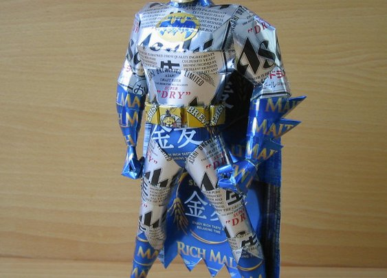 CanCraft: Guy Makes Papercraft Style Superhero/Cartoon/Video Game Characters Out Of Beer And Soda Cans | Geekologie