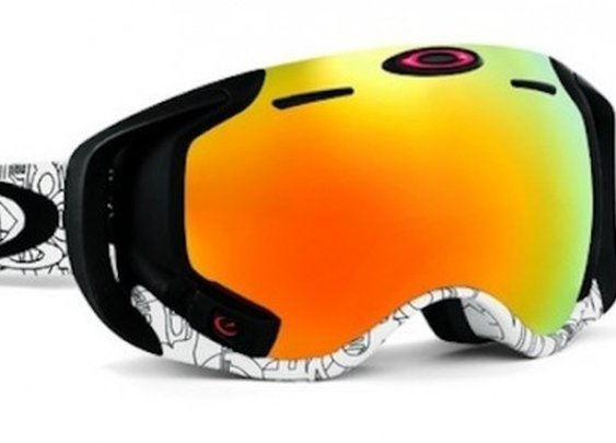 Oakley launches goggles with GPS, Bluetooth, text messaging, jump analytics, and more