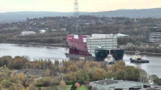 HMS Queen Elizabeth section leaves Govan for Rosyth