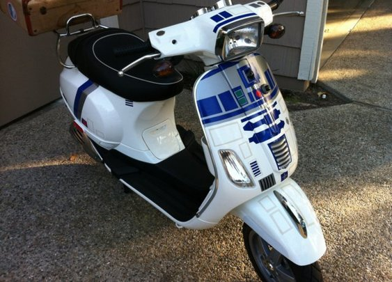 R2-D2 Themed Vespa