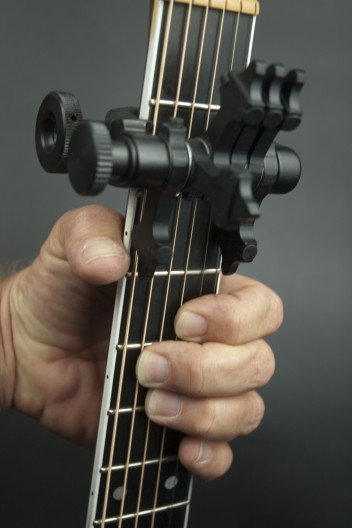 CapoSonic - the world's most innovative capo?