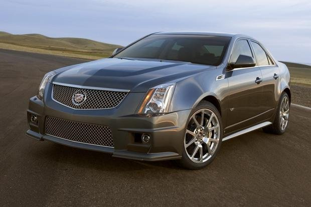 Sure, its sophisticated suspension and massive, 556-hp supercharged V8 help the CTS-V to master the track. But what about everyday comfort?