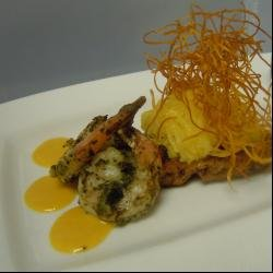 Grilled Shrimp with Cilantro-Macadamia Nut Pesto