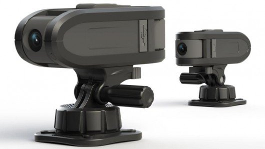 ATC Chameleon actioncam gets two shots at once