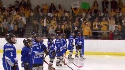 Nashville Predators Surprise Youth Hockey Teams With 'Smashmob'