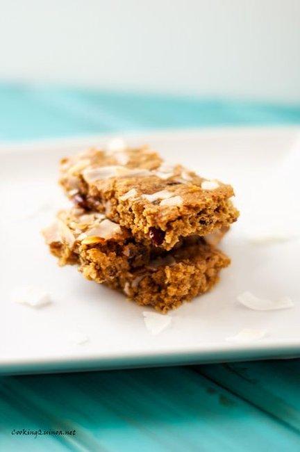Chewy Quinoa & Granola Bars