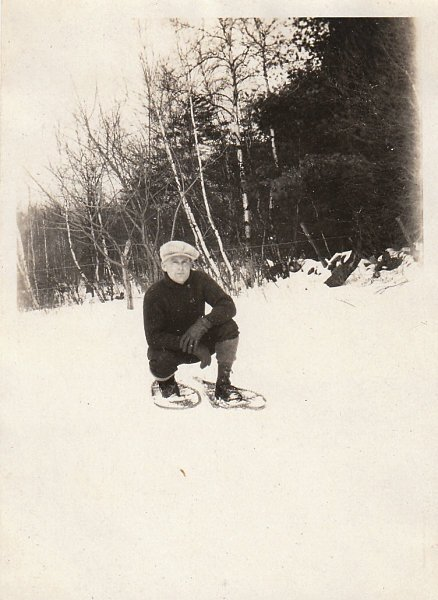 Walking on (Frozen) Water: A Primer on Snowshoeing | The Art of Manliness