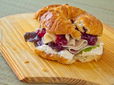 Thanksgiving Leftovers: Turkey, Cream Cheese & Cranberry Sandwiches