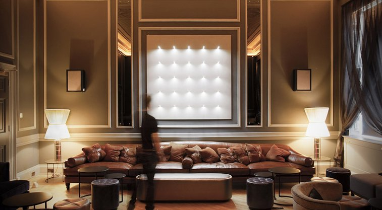 Radius can communicate image, text or pattern through the spatial arrangement of light sources