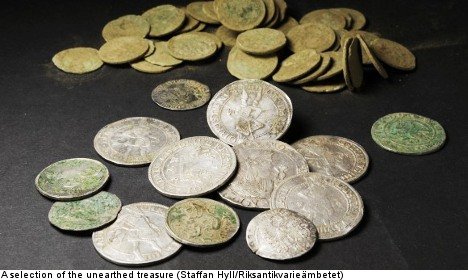 Swedes find massive buried treasure