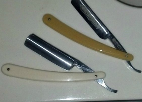 How To Shave With A Straight Razor   Sharpologist