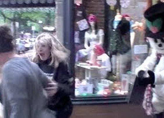 Scare Prank: Snowman Holiday Shopping Fun - YouTube