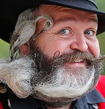 10 Good Reasons Why You Should Grow A Giant Beard