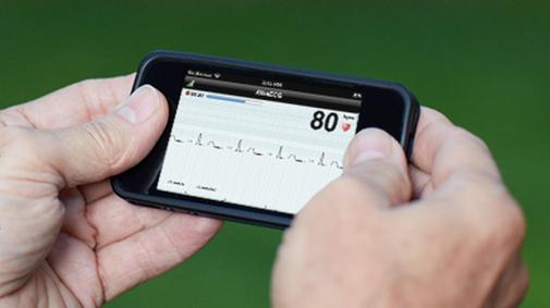 AliveCor heart monitoring smartphone case cleared by FDA