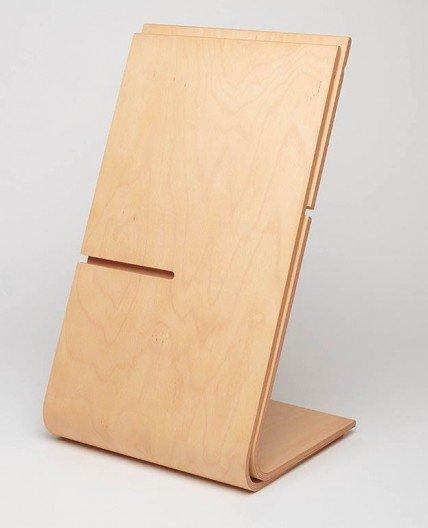 LLSTOL – a simple, versatile, portable piece of furniture