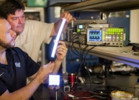 New light bulbs made of glowing plastic | Fox News