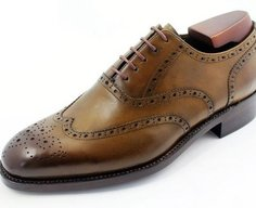 accessories in a gentleman's wardrobe