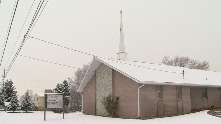Pastor pulls gun on unsuspecting burglar | ksl.com