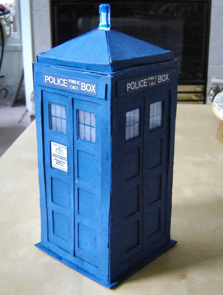 How to make a tardis out of cereal boxes gentlemint for What to make out of cereal boxes