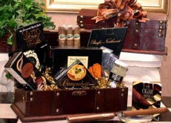 Gourmet Food Gifts - Men's Cigar Chest Basket