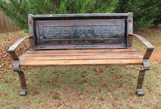 Chevrolet tailgate bench | Gentlemint