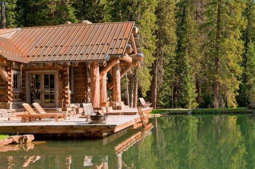 Montana Cabin with Swim-up Pond