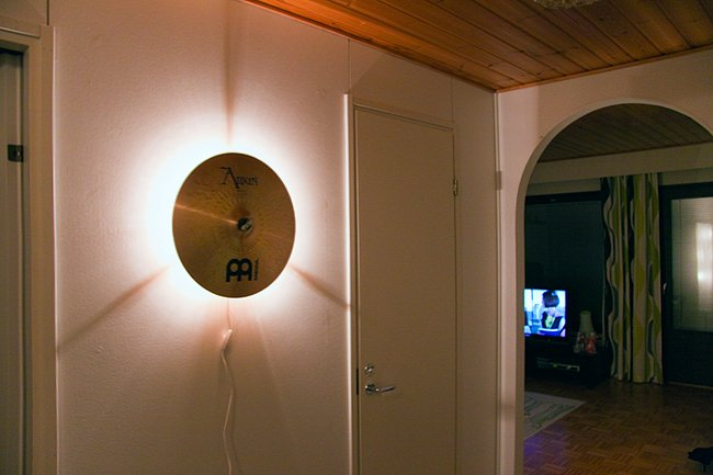 Cymbal light