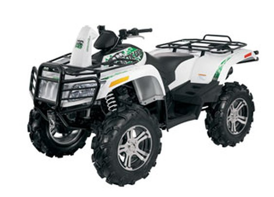 The Arctic Cat Mud Pro 1000. Mud: Beware!