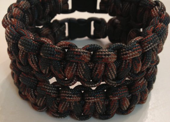 Woodland camo style paracord band by ParabandsByMJC on Etsy