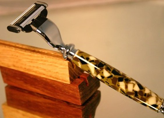 Shaving razor handle in Marine Corps camouflage by Hope & Grace Pens
