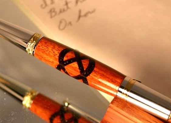 Handcrafted Celtic knot wood pen by Hope & Grace Pens