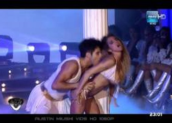 02. [dance] Cinthia Fernandez (Abbey Diaz) - Bailando 2011 03.10.11 HD1080 - YouTube